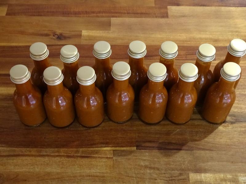 Fermented_hot_sauce_20170113.JPG